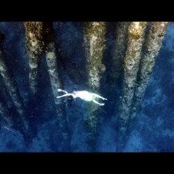 video dance filmed in Bonaire Sea by Carlos Coste and Gaby
