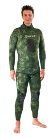 Mares pure instinct green camo spearfishing and freediving suit